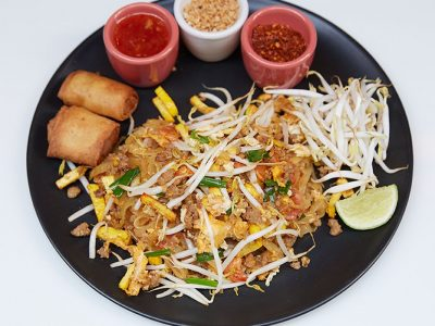 Pad Thai spring roll